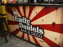 Emily Daniels Bar & Deco