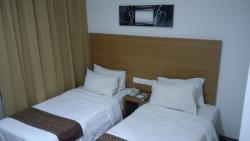 古晋多马尼酒店