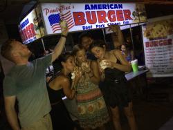 PaulyBee's American Burger
