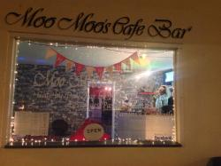 Moo Moos Cafe Bar