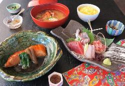 Amimoto Cuisine Tokuzomaru, Shimoda Ekimae