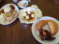 Lunch special & Empanadas