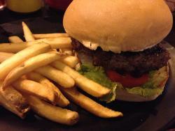 Zark's Burger Katipunan