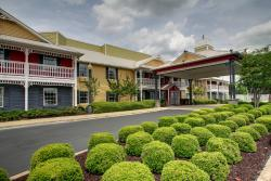 Centerstone Inn & Suites