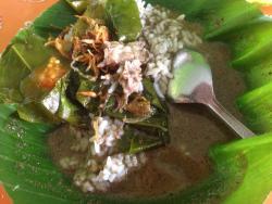 """Nasi Pindang Kudus & Soto Sapi """"Gajahmada"""""""