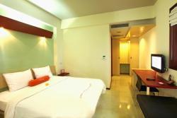 巴厘图班哈里斯酒店
