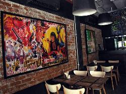 Mojo Lounge & Restaurant