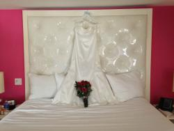 Cool headboard made for a cool gown shot.