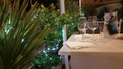 White Beach Cafe' Ristorantino Bellaria