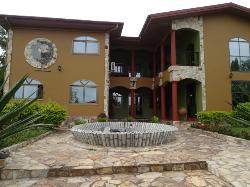 Maa Sankofah Hotel
