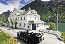 Fjærland Fjordstove Hotel & Restaurant