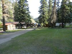 Tomahawk Guest Ranch