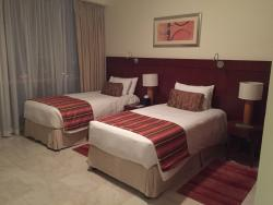 A great hotel in a nice location with excellent apartments