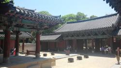 ‪Gyeonggijeon Shrine‬