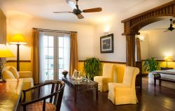Suite room - Living room