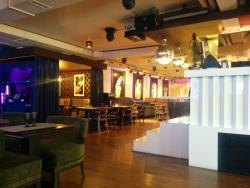 Cafe Posh Lounge