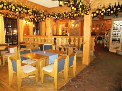 Elan Bar Caffe