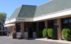 River Inn Restaurant & Lounge