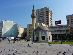 YalI Mosque