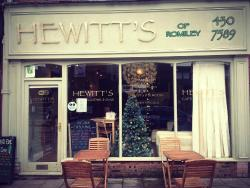 ‪Hewitts Cafe‬