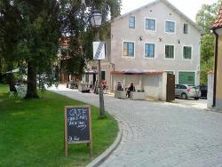 Almedalens B&B Cafe Och Galleri