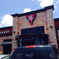 ‪BJ's Restaurant & Brewhouse‬