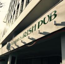 Flanagan's Irish Pub