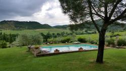 The pool at Agritourisimo Santa Maria