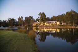 Cypress Lakes Resort By Oaks Hotels & Resorts