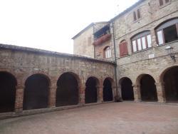 Chiostro e Convento di San Francesco