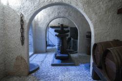 Canava Santorini Distillery