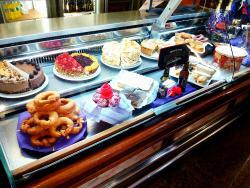 Cafeteria Heladeria El Halcon