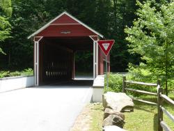 ‪Wooddale Covered Bridge‬