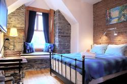 University Bed & Breakfast Apartments