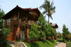 Jambuluwuk Puncak Resort