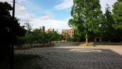 Higashisenda Park