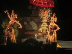 Balinese dancers :)