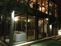 Vista notturna dela villa