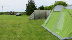 Quiet camping field for tents