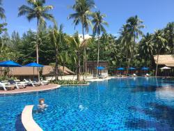 Manathai Pool