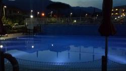 Le piscine di notte