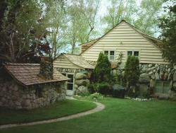 Boulder Manor