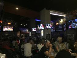 Promenade Bar and Grill