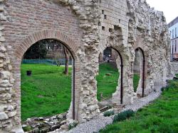 Anfiteatro Romano - Giardini dell'Arena