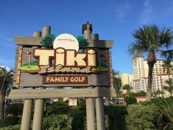 Tiki Island Family Golf
