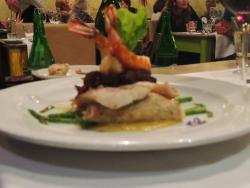 Prato de carne com camarão