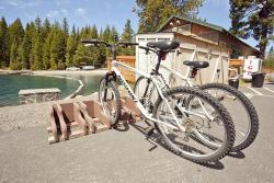 Hoodoo's Crescent Lake Resort - Water Sports & Rentals