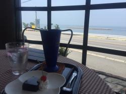 Nice Wave Cafe