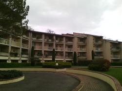 l'extérieur de l'immeuble