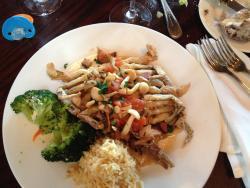 Oakland's Restaurant & Marina